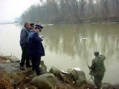 Depistat la pescuit, în perioada de prohibiție