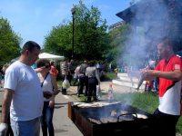 """Bucureştenii râvnesc la """"scrumbia"""" noastră. Primarul Sectorului 4, Cristian Popescu-Piedone, a organizat """"Festivalul Scrumbiei"""" de Dâmboviţa"""