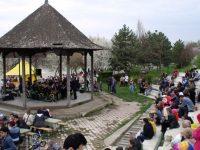 Alternative estivale duminicale, pe Faleză și în Grădina Publică