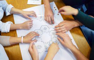 Şcoala de Vară pentru elevi gălăţeni, organizată de ArcelorMittal şi Junior Achievement