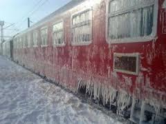 UPDATE ora 13.00: Gălățenii care fuseseră blocați în trenurile spre București și Brașov își continuă aventura