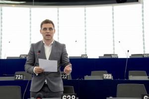 Vom vedea mai mulţi români in instituţiile UE?