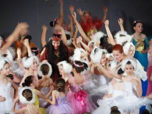Micile bijuterii cu suflet pe scena baletului!
