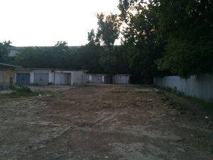 19 garaje din zona Ancora vor fi demolate. Vor apărea în locul lor, o parcare, un loc de joacă şi spaţii verzi