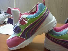 """Pantofi """"Gucci"""" chinezeşti în valoare de peste 170.000 de euro, reţinuţi de vameşi"""