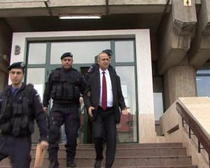Simionescu şi Anghelescu reţinuţi pentru 24 de ore
