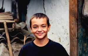 """Fundația """"Inimă de Copil"""" susține necesitatea înființării Avocatului Copilului"""