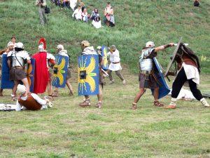"""""""Antiquitas Rediviva"""". Sâmbătă, la Castrul Roman de la Barboși, al 3-lea război daco-roman"""