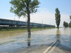 A fost reluată circulația pe DN 25 Galați – Tecuci, dar cu restricții de viteză și tonaj