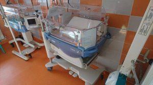 """Final de proiect """"PREMATURII AU O ȘANSĂ"""". Maternitatea Buna Vestire a fost dotată cu incubatoare speciale"""