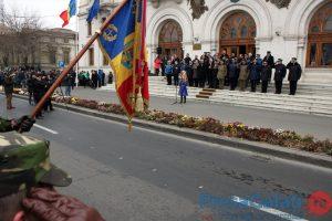 FOTOGALARIE: Parada militară de 1 Decembrie a scos în jur de 2000 de gălăţeni în stradă