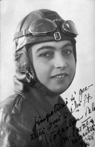 Gălăţeanca Smaranda Brăescu: Prima femeie pilot, campioană europeană la parașutism. 69 ani de la moartea sa