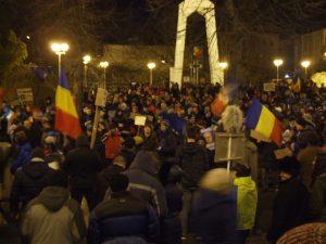 """Aproximativ 7.000 de gălățeni au manifestat și sâmbătă seara, cerând anularea """"Ordonanței 13"""""""