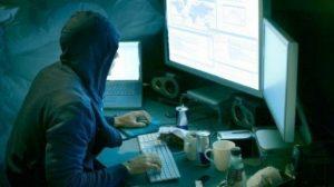 Hackeri condamnați la 110 de ani de închisoare. Printre ei și un bărbat din Tecuci