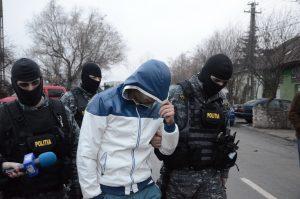 Procurorii DIICOT au efectuat 18 percheziții la traficanți de etnobotanice din Brăila și Galați