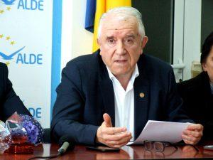 """Durbacă îi răspunde lui Dima: Şedința grupului PLR, nestatutară. Povestea cu """"relicva"""", o poantă adresată și lui Meleșcanu"""