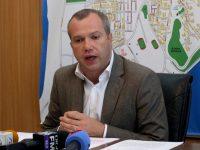 """Atac dur al primarului la adresa prefectului. """"Să facă rost de banii pentru încălzirea de la iarnă"""", spune Pucheanu"""