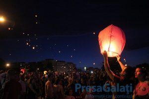 FOTOGALERIE. Seara celor 1.000 de lampioane care au luminat cerul orașului