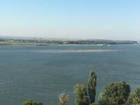 La plajă, în mijlocul Dunării. Nivelul Dunării, în continuă scădere și în zilele următoare