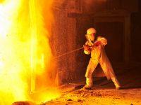Salariile de la ArcelorMittal cresc cu 20% pentru a fi anulat efectul trecerii contribuțiilor de la angajator la angajat