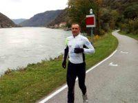 Ultra-maraton de-a lungul Dunării, de la izvoare la Sulina. Maratonistul Hidvégi-Üstös Pál ajunge luni la Galați