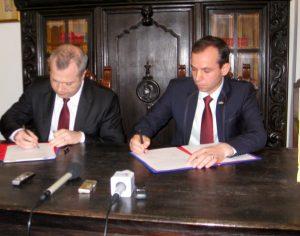 În ziua Centenarului Unirii Basarabiei cu România, a fost semnat protocolul de colaborare între Galați și Cahul